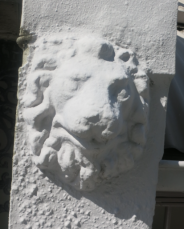 Qld Terrace Lion Head iv
