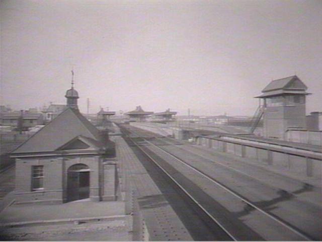 Macdonaldtown Station.png